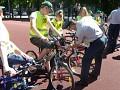 """Jaunųjų dviračių vairuotojų varžybų """"Saugus ratas"""" nacionalinio etapo nugalėtoja tapo komanda iš Šakių"""